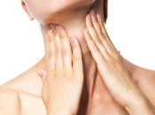 Маленькие папилломы на шее: причины, лечение и опасность