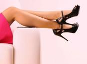 Причины появления  и методы удаления черных точек на ногах