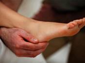 Причины и симптомы возникновения липом на ногах