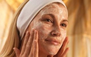 Как избавиться от черных точек на лице: применение маски из яйца