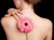 Почему возникает фурункул на спине и как