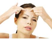 Бородавки на лбу: причины появления и особенности лечения