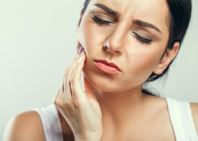 Липома, образованная на щеке: как избавиться без негативных последствий