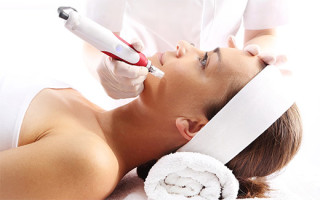 Методы удаления и лечения бородавок на лице: домашние и аптечные средства, аппаратные методики