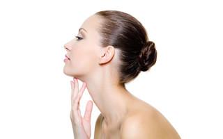 Обзор средств для лечения папиллом на шее в домашних условиях