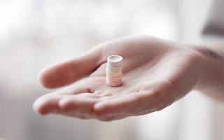 Обзор эффективных средств для избавления от папиллом и бородавок
