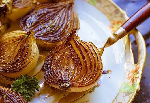печеные луковицы