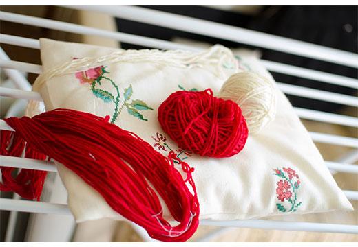 Красная и белая нить