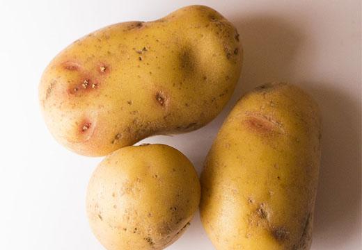 Три картошки
