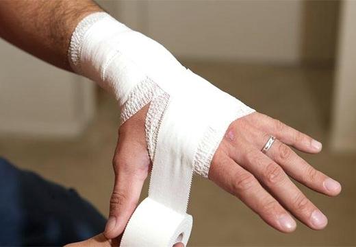 компресс на руке