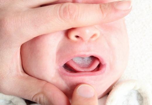 рот грудничка