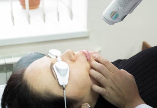 лазерная терапия губы